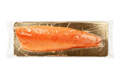 How do you thaw smoked salmon?